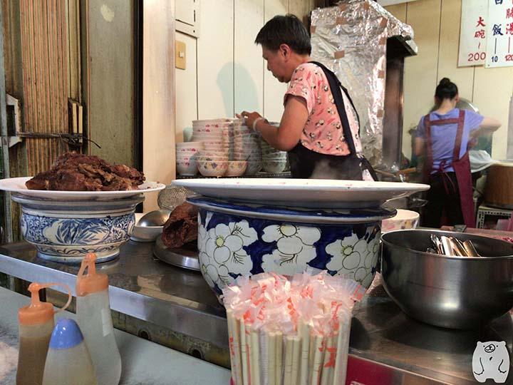 六千牛肉湯|調理風景