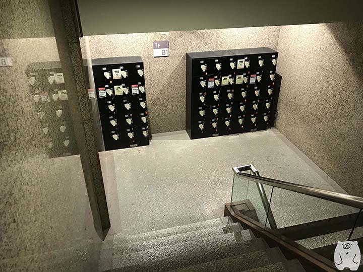 新光三越 台南中山店の1FとB1の間にあるコインロッカー