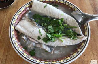 【台南グルメ】阿憨鹹粥 おいしいサバヒー粥をいただける北區の名店